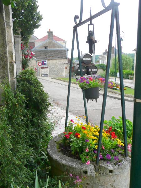 un des puits du village